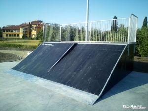 Bank ramp + bank wall