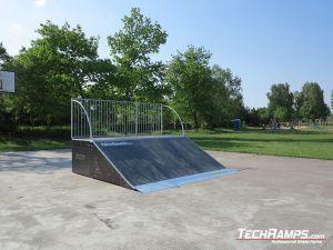 Bank ramp na skateparku w Witnicy