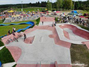 Betonowe przeszkody - Sławno skatepark