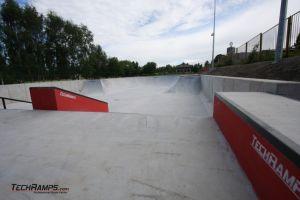 Betonowe skateparki Techramps - park w Radzionkowie