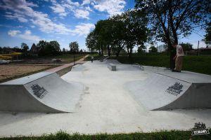 Betonowy skatepark w Stopnicy - Concrete Light Series