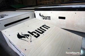 Burn Energy Drink - przeszkody  skate