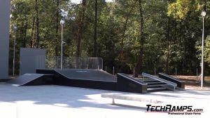 Funbox z poręczą, i grindboxem  Dąbrowa górnicza Skatepark