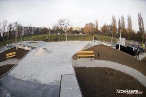 Kraków Mistrzejowice Betonowa Skateplaza