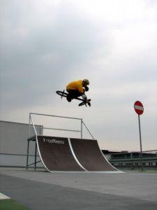 Mobilny skatepark do wypożyczania 14