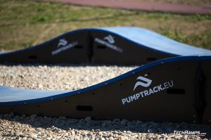 Pumptrack made from composite - Maniowy