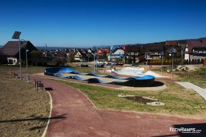 Pumptrack made from modules - Maniowy