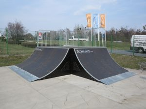 Quarter Pipe 90 St - Tarnowskie Góry skatepark