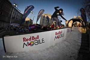 Red Bull MOBILE Snowboard Attack