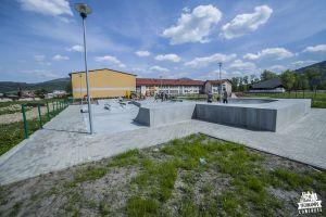 skatepark betonowy w Milówce