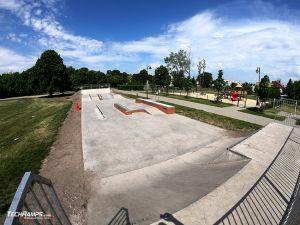 Skatepark concrete monolith in Bydgoszcz