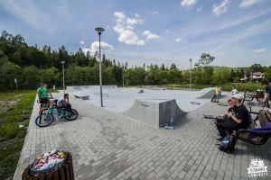 skatepark light concrete Milowka