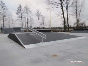 Skatepark Slesin  Funbox