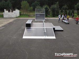 Skatepark w Białobrzegach funbox