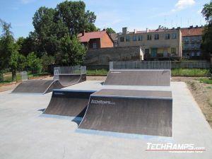 Skatepark w Dębnie_1