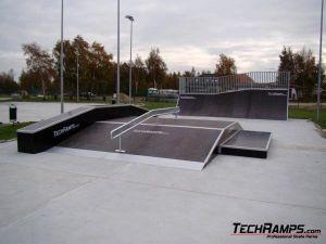 Skatepark w Dźwirzynie - 5