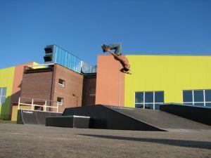 Skatepark w Nowej Sarzynie 13