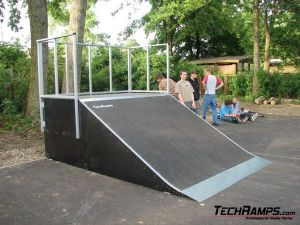Skatepark w Obornikach Śląskich - 1
