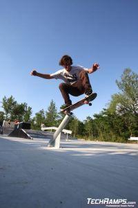 Skatepark w Puchov - 15