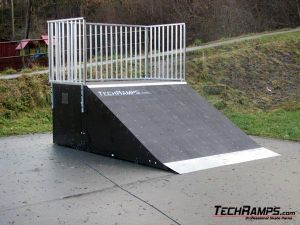Skatepark w Rabce-Zdrój - bank ramp