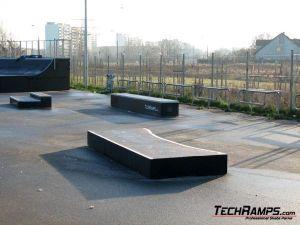 Skatepark Warszawa-Białołęka - grindbox - 2