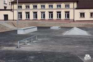 skatepark_light_concrete_slawkow
